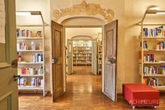 Buch-lesen-in-Pirna-Stadtbibliothek-Kaffeehaus-Cafe_0612