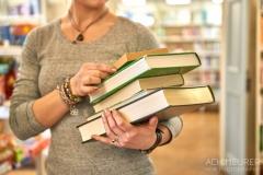 Buch-lesen-in-Pirna-Stadtbibliothek-Kaffeehaus-Cafe_0668