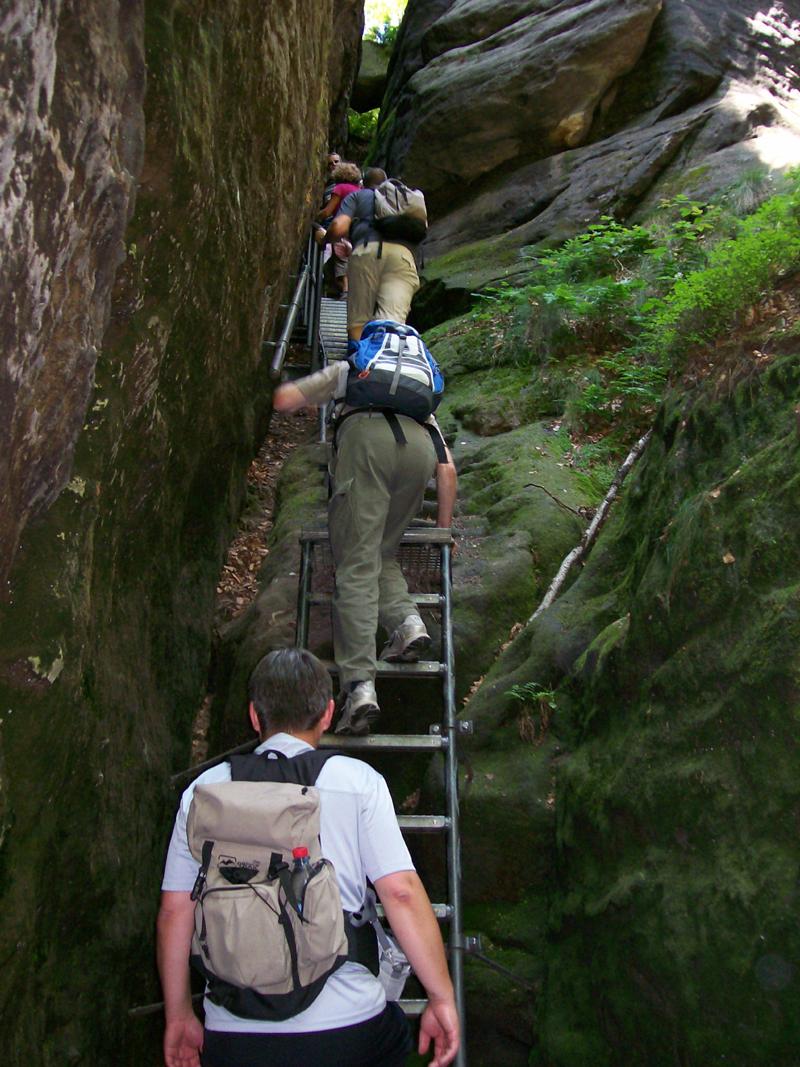 Aufstieg über Leitern und Stiegen (c) Y. Brückner/TVSSW