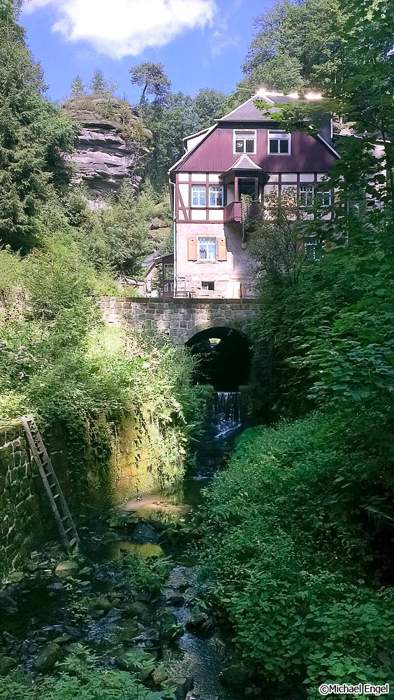 Alte, aber idyllisch gelegene Mühle