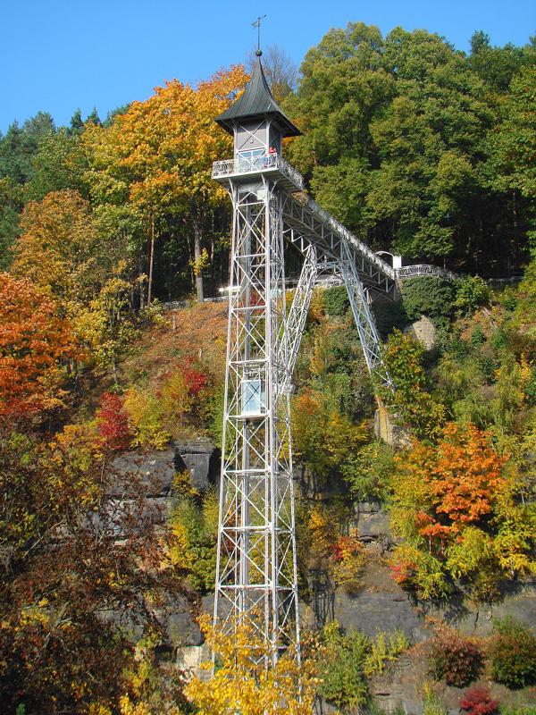 Aufzug in Bad Schandau (c) BSKT