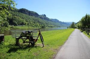 E-Bike,-Elbe,-Elberadweg,-H