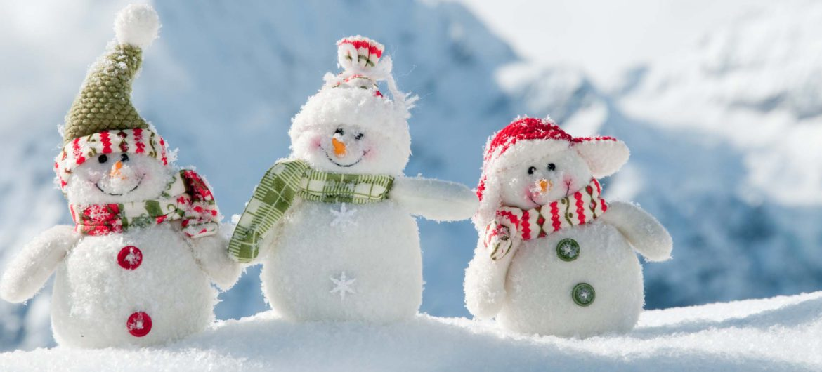 Happy snowmans (c) fotolia
