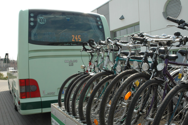 <strong>Bergauf </strong><i>im Fahrradbus</i>