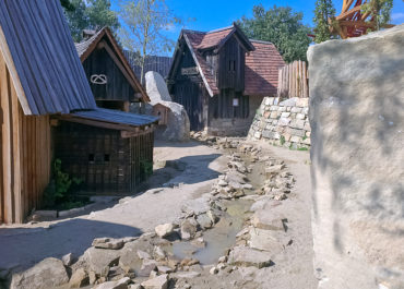 Steinreich - Handwerkshütten